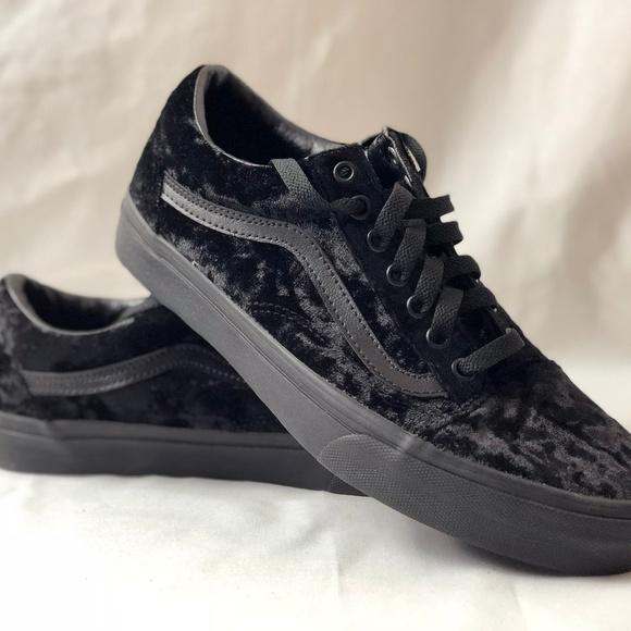 203a75067d6016 Vans Old Skool Velvet Black Black Skate Shoes